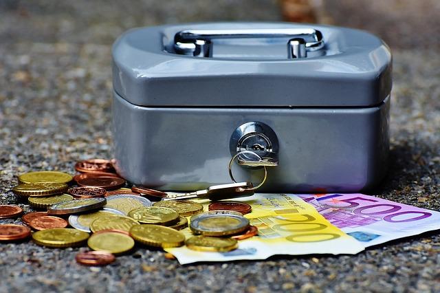 pokladnička na peniaze.jpg