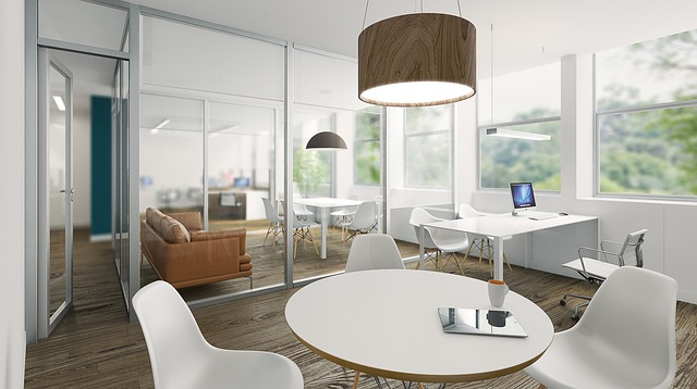 kancelária plná minimalizmu.jpg