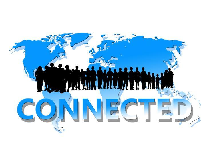 Mapa, siluety ľudí, nápis Connected.jpg